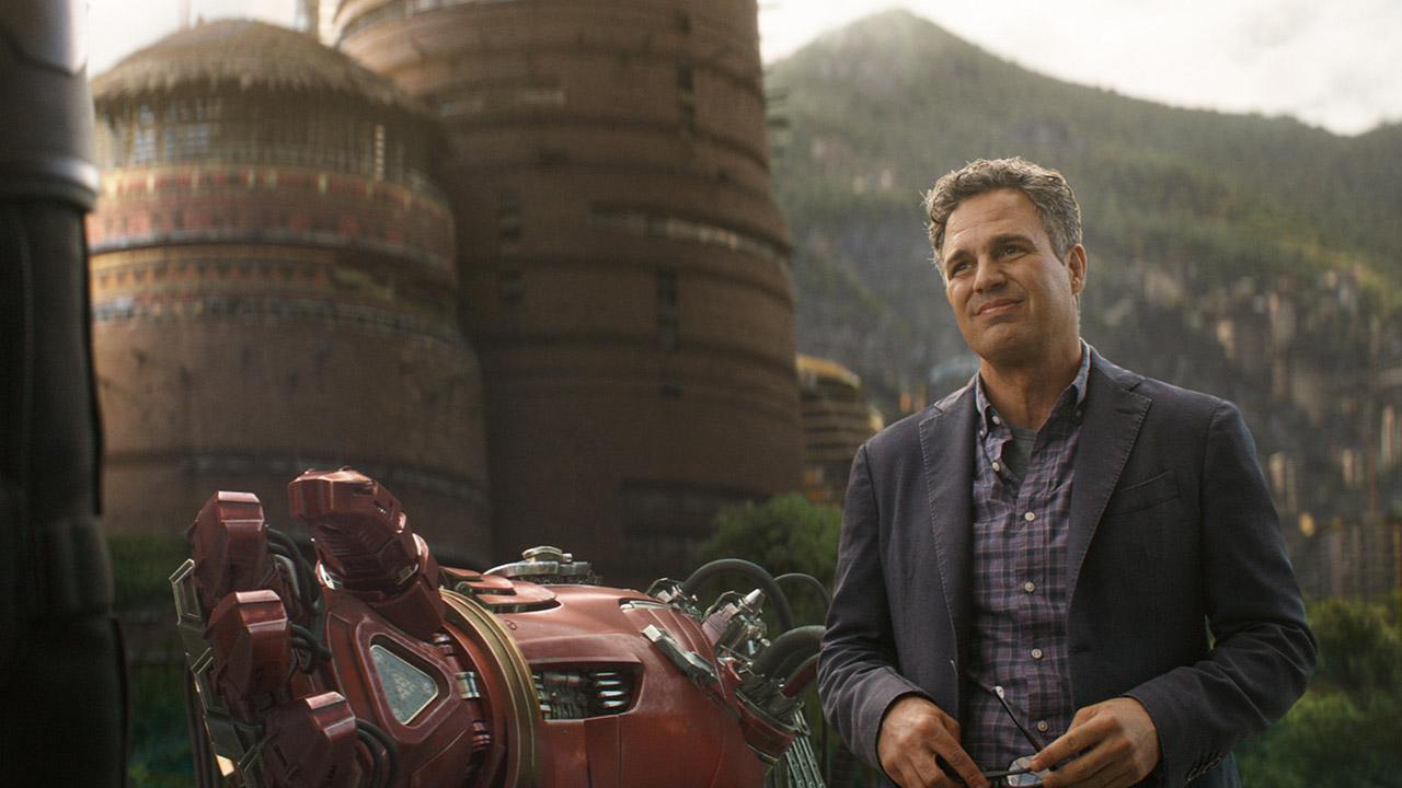 In foto Mark Ruffalo (52 anni) Dall'articolo: Il mondo ai piedi degli Avengers, Infinity War continua la sua corsa.