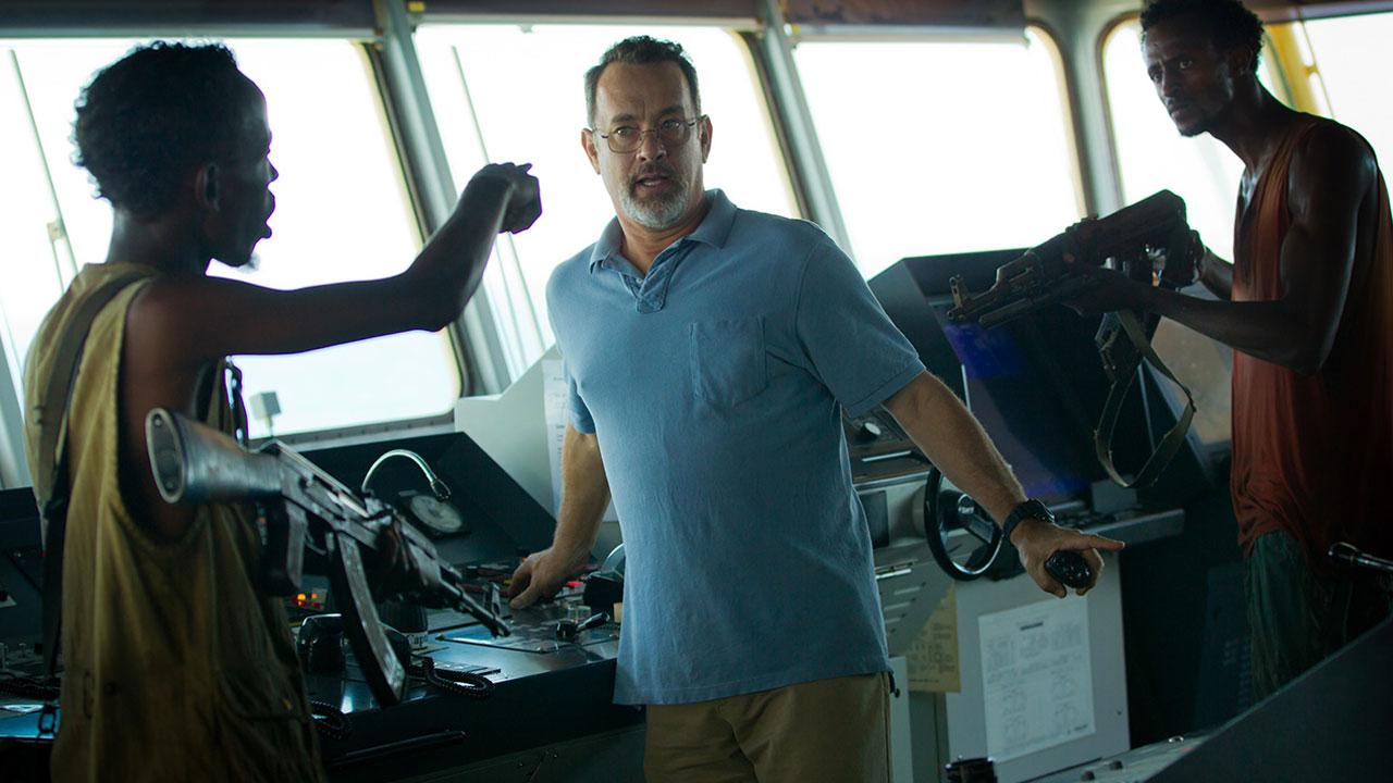 In foto Tom Hanks (63 anni) Dall'articolo: Captain Phillips - Attacco in mare aperto, il film stasera in tv su CineSony.