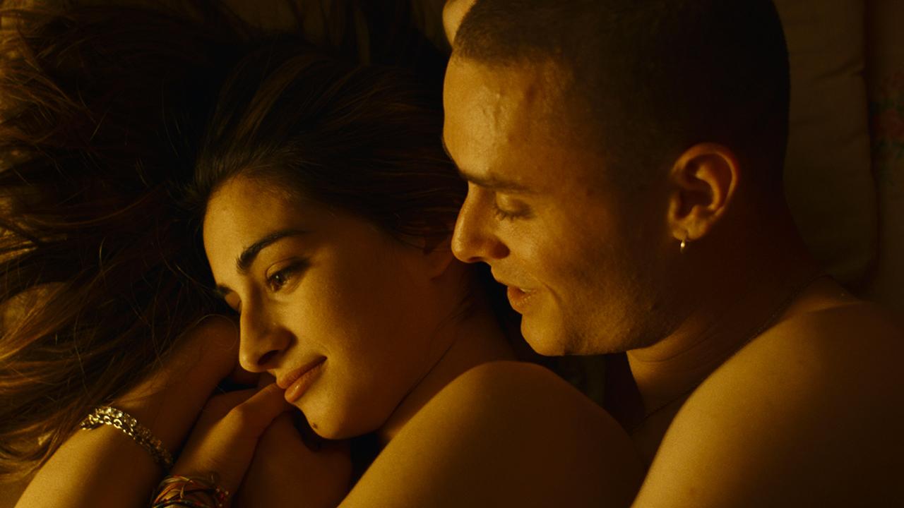 In foto Matteo Olivetti Dall'articolo: La terra dell'abbastanza, guarda l'inizio del film.
