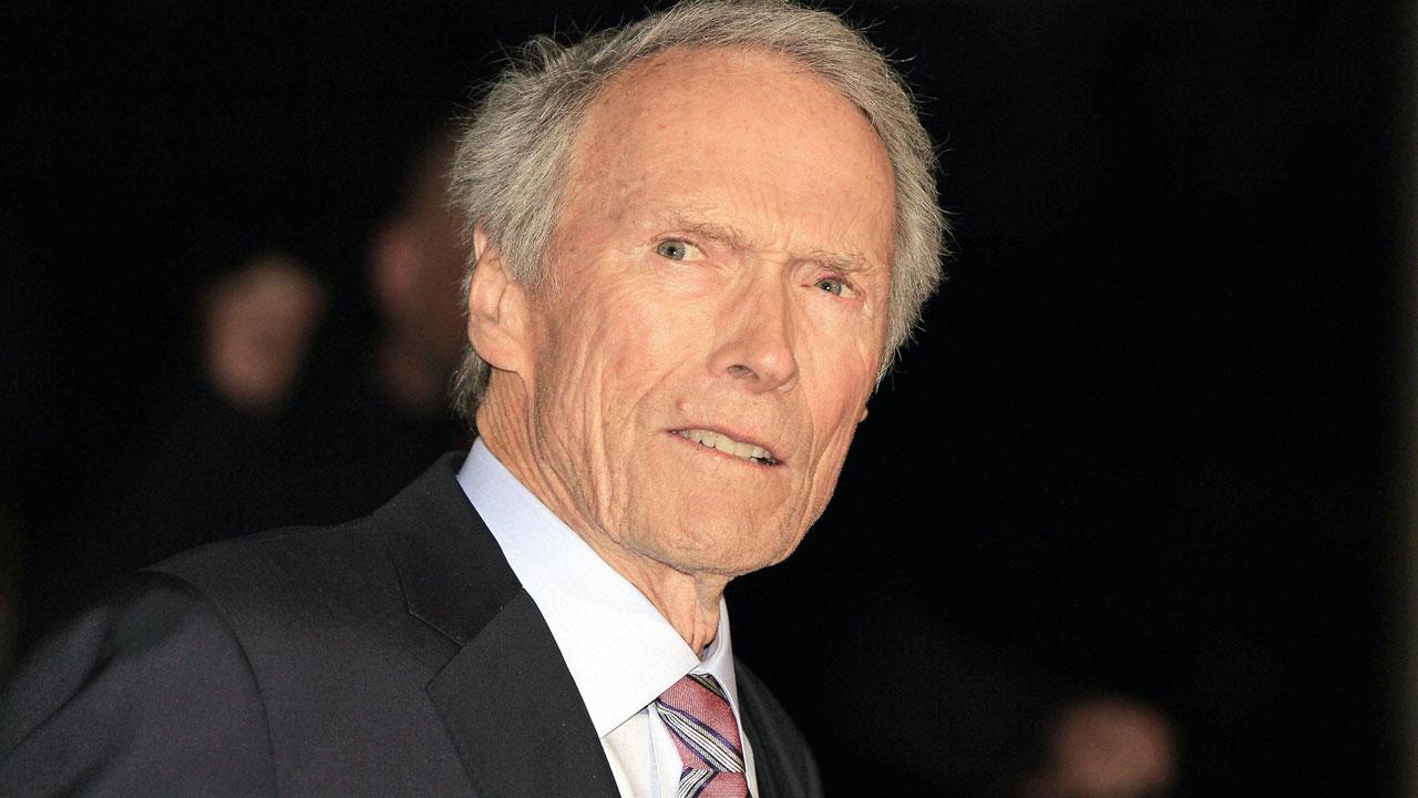 In foto Clint Eastwood (90 anni) Dall'articolo: The Mule, iniziata la produzione del nuovo film di Clint Eastwood.