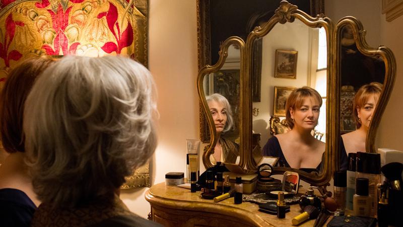 Napoli velata, tra magia e sensualità, ragione e follia