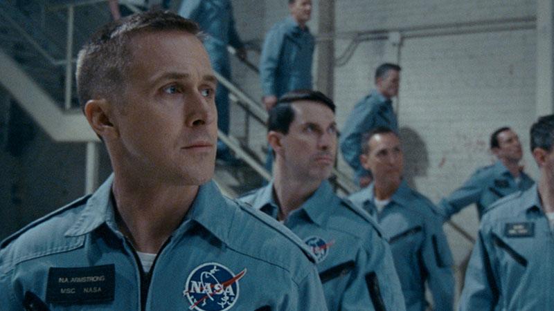 Il primo uomo è il film d'apertura della 75. Mostra del Cinema di Venezia