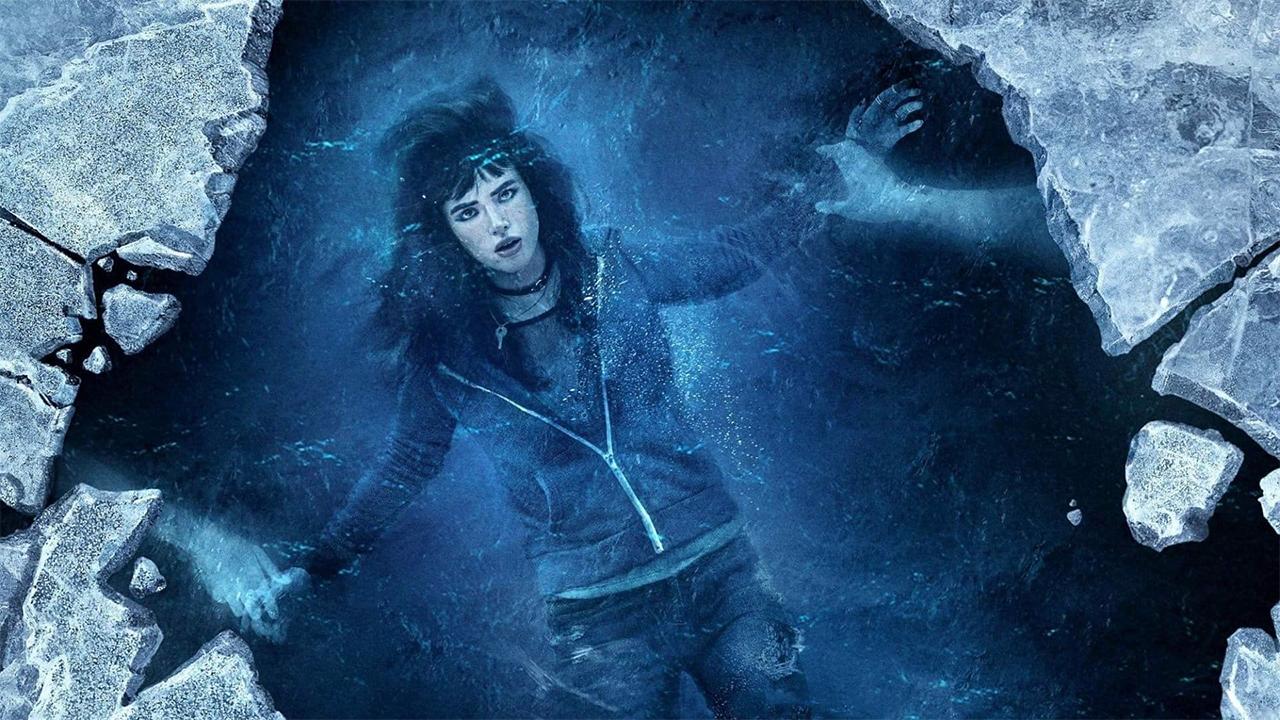 In foto Bella Thorne (22 anni) Dall'articolo: Sei ancora qui - I Still See You, thriller sci-fi con decise venature horror.