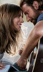 In foto Bradley Cooper (43 anni) Dall'articolo: A Star is Born meglio del previsto negli USA: il futuro è luminoso.