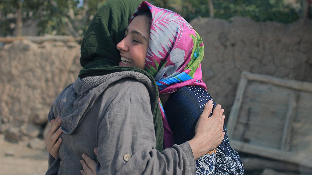 -  Dall'articolo: Tre volti: cinema iraniano doc, un'occasione da non mancare.