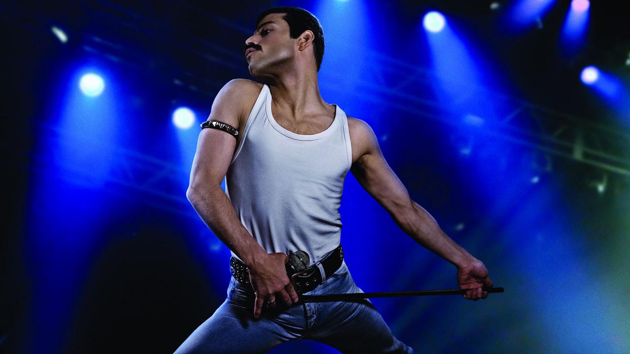 In foto Rami Malek (40 anni) Dall'articolo: Bohemian Rhapsody, esordio memorabile al box office USA.