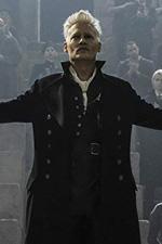 In foto Johnny Depp (58 anni) Dall'articolo: Animali Fantastici, possibile il traguardo dei 5 milioni entro domenica sera.