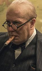 In foto Gary Oldman (63 anni) Dall'articolo: L'ora più buia, Churchill guida il paese verso la vittoria.