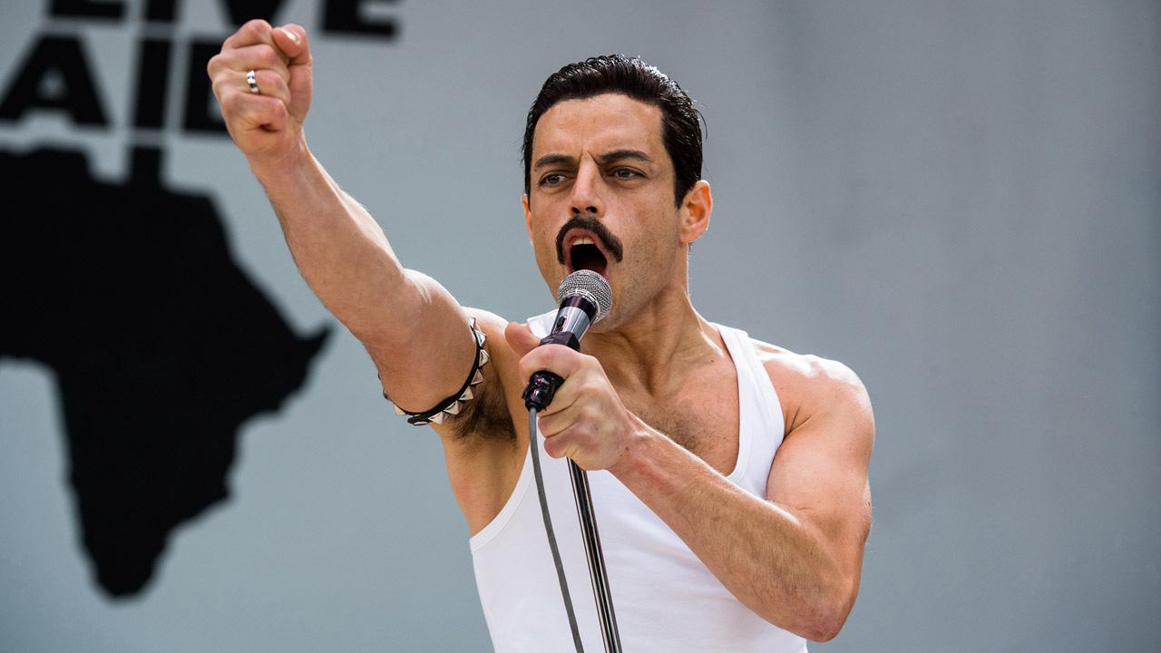 In foto Rami Malek (40 anni) Dall'articolo: Bohemian Rhapsody, un incredibile successo in tutto il mondo.