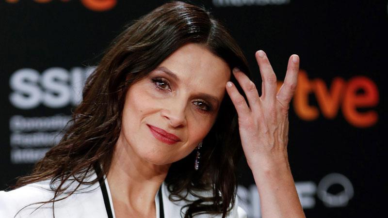 Juliette Binoche, attrice teatrale convertita alle serie tv nel Gioco delle coppie