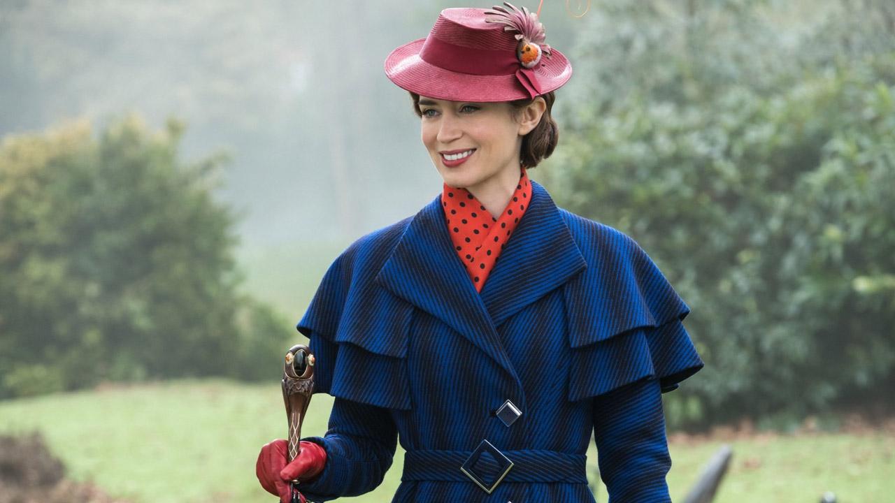 In foto Emily Blunt (37 anni) Dall'articolo: Mary Poppins vola in alto e domina il box office.
