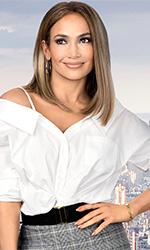 In foto Jennifer Lopez (51 anni) Dall'articolo: Ricomincio da me, Jennifer Lopez porta al cinema la crisi dei quarant'anni.
