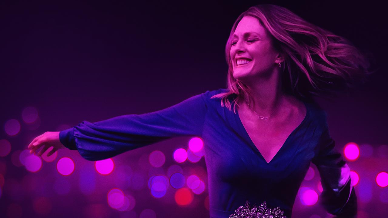In foto Julianne Moore (61 anni) Dall'articolo: Gloria Bell, il trailer italiano del film con Julianne Moore.
