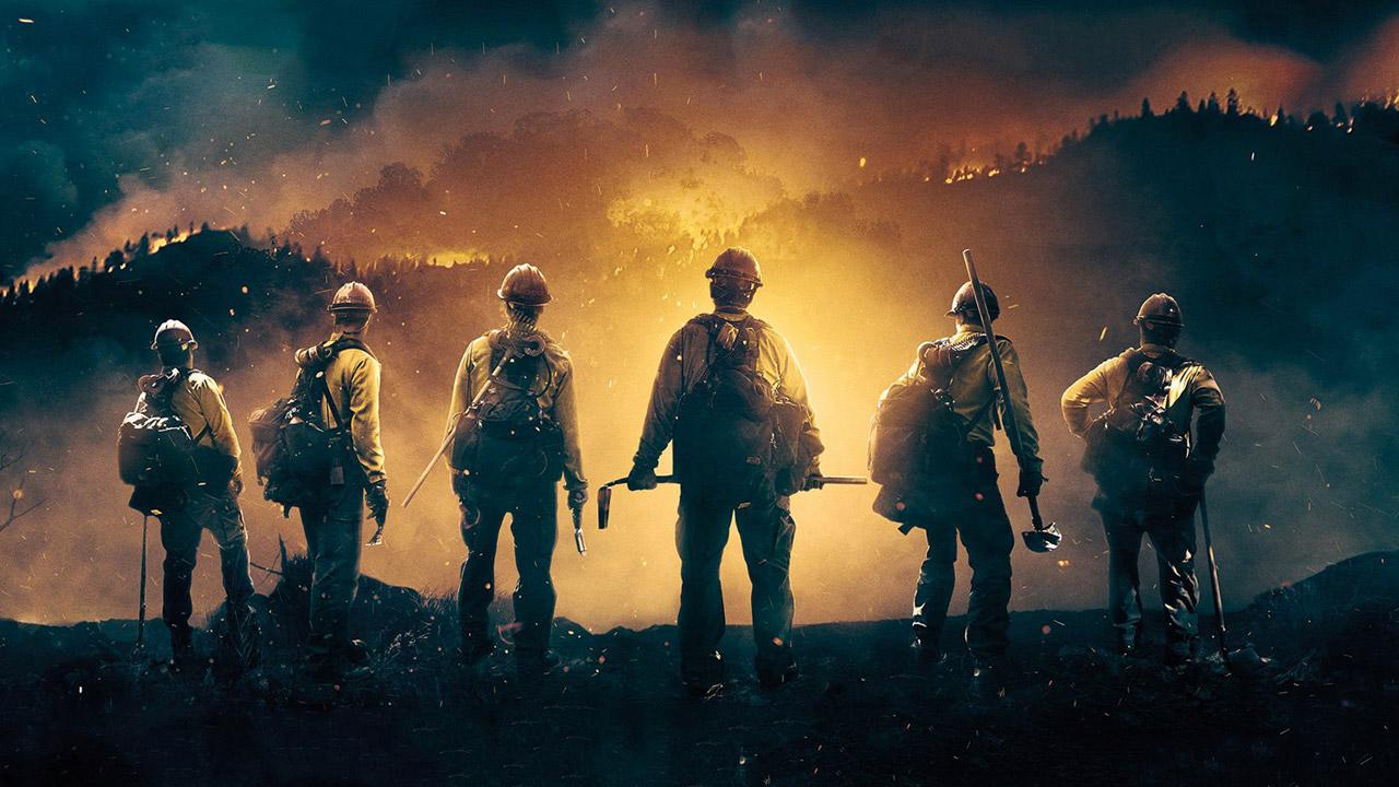 In foto Josh Brolin (51 anni) Dall'articolo: Fire Squad: un omaggio all'eroismo e al coraggio dei Vigili del Fuoco.