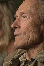In foto Clint Eastwood (90 anni) Dall'articolo: Il Corriere resiste ancora in testa al box office.