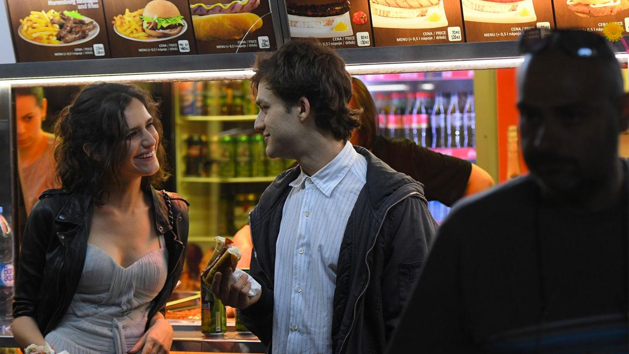 In foto Lorenzo Richelmy (30 anni) Dall'articolo: Dolceroma, il trailer ufficiale del film [HD].