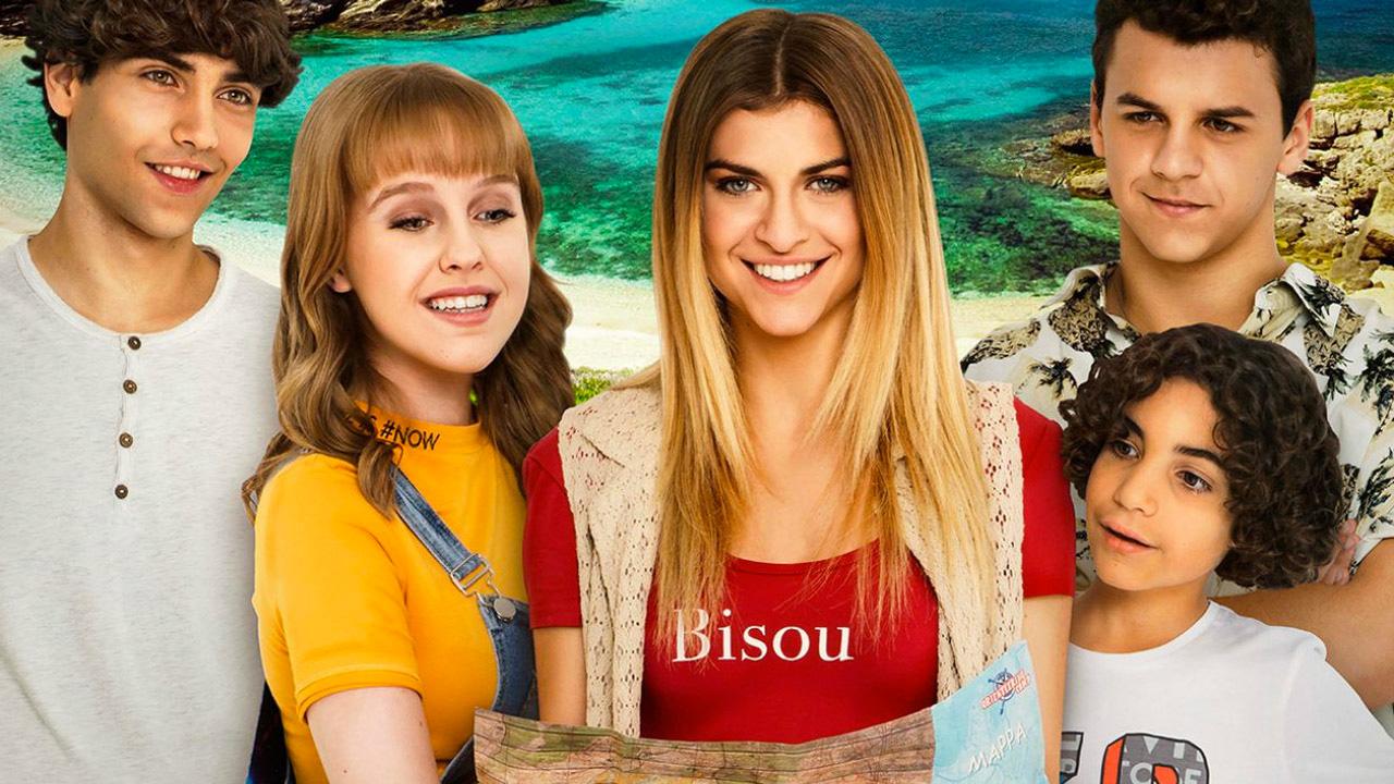 Sara e Marti, la serie diventa un film ma rimane troppo legata alla TV