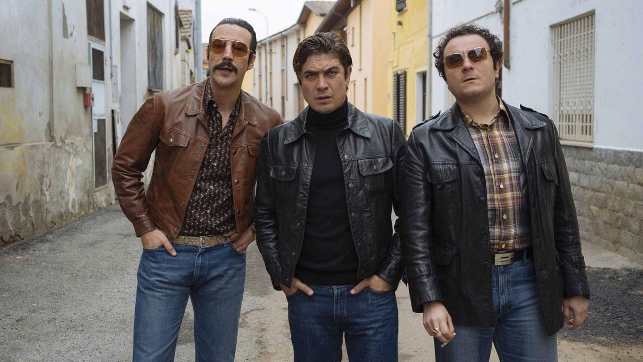 In foto Riccardo Scamarcio (42 anni) Dall'articolo: Lo Spietato, il trailer ufficiale del film [HD].