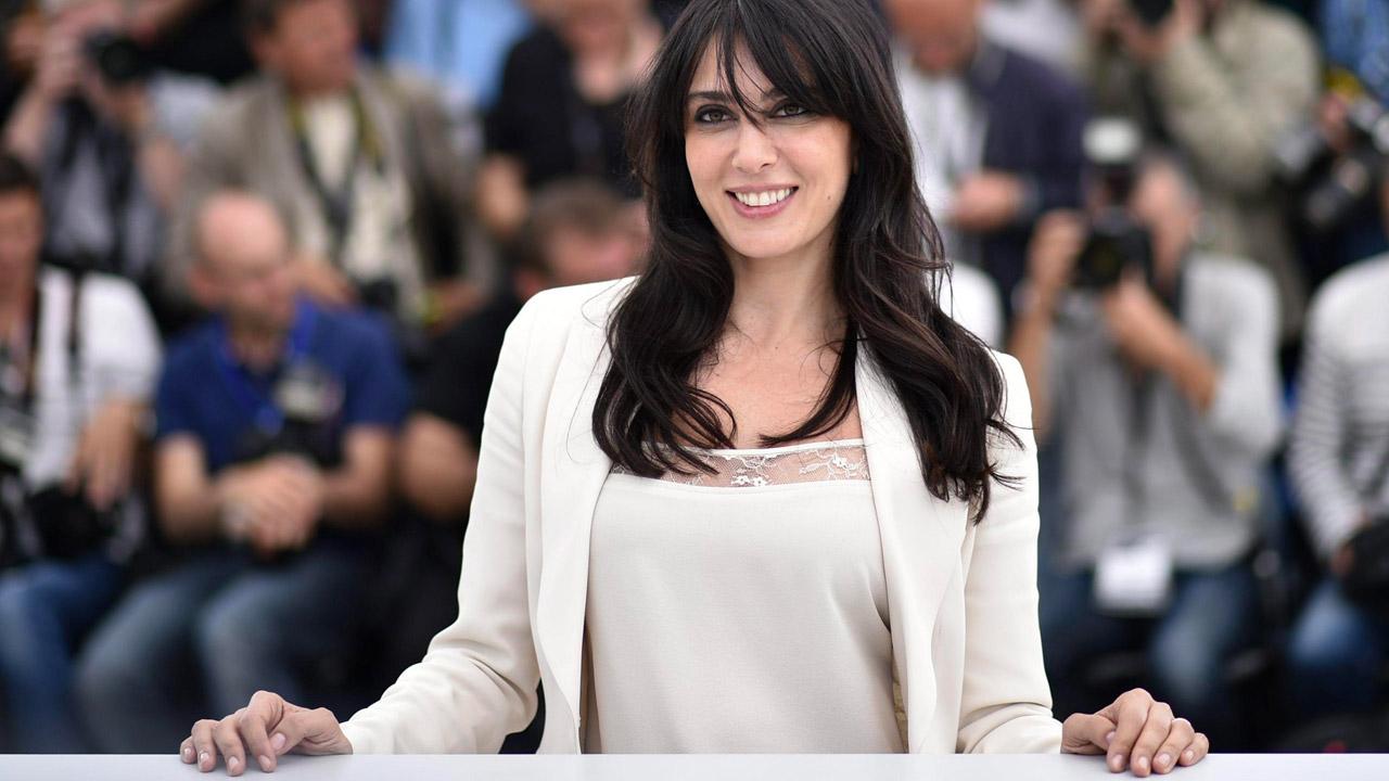 In foto Nadine Labaki (46 anni) Dall'articolo: Nadine Labaki, l'autrice politica e impegnata di Cafarnao.