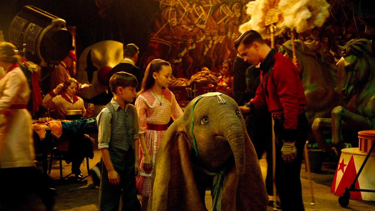 Dumbo vola subito in testa al box office. Apertura soft per Claudio Bisio