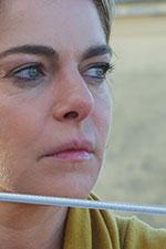 In foto Claudia Gerini (48 anni) Dall'articolo: A mano disarmata, il trailer ufficiale del film [HD].