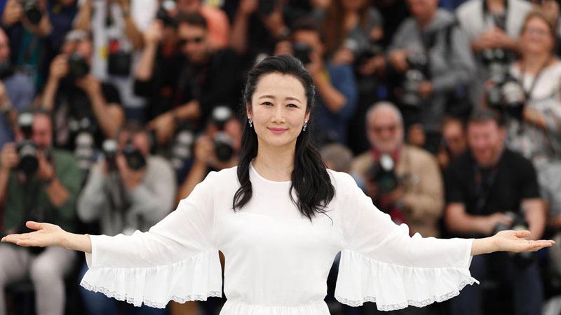 Zhao Tao, la musa di Jia Zhang-ke al cinema con I figli del fiume giallo