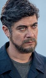 In foto Riccardo Scamarcio (40 anni) Dall'articolo: Non sono un assassino, tre amici divisi dalla vita e riuniti da un omicidio.