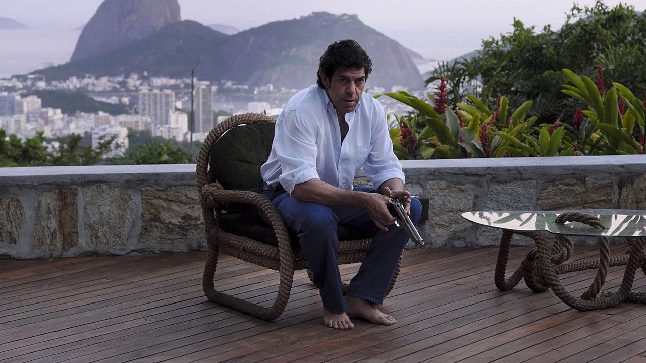 In foto Pierfrancesco Favino (50 anni) Dall'articolo: Il Traditore, Pierfrancesco Favino è Tommaso Buscetta nelle prime scene del film.