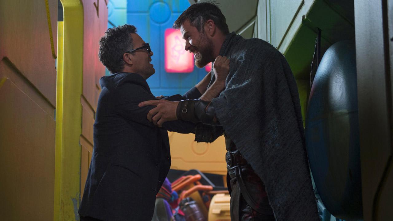 In foto Mark Ruffalo (52 anni) Dall'articolo: Arriva il primo grosso e prevedibile calo per Avengers: Endgame.