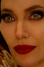 In foto Angelina Jolie (45 anni) Dall'articolo: Maleficent - Signora del Male, il primo trailer italiano del film [HD].