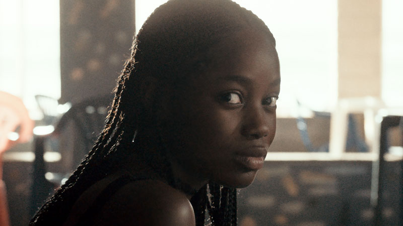 Atlantique, l'esordio della prima donna di colore a concorrere per la Palma d'Oro