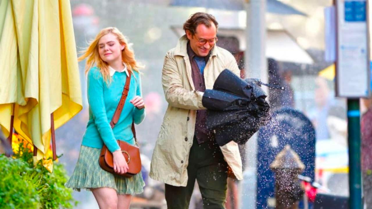 In foto Elle Fanning (22 anni) Dall'articolo: Un Giorno di Pioggia a New York, il trailer originale del film [HD].