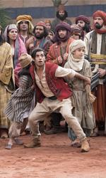 In foto Mena Massoud Dall'articolo: La classifica del box office non cambia: Aladdin sempre primo, Il traditore sorprende ancora.