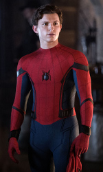 In foto Tom Holland (23 anni) Dall'articolo: Partenza boom per Spider-Man: Far from home! Oltre 1,4 milioni all'esordio.