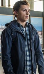 In foto Tom Holland (23 anni) Dall'articolo: Volano gli incassi di Spider-Man che trascina con sé tutto il box office.