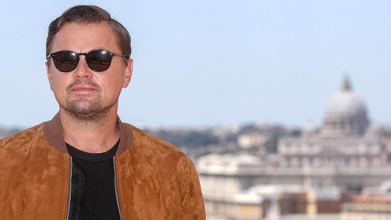 In foto Leonardo DiCaprio (46 anni) Dall'articolo: Tarantino a Roma: