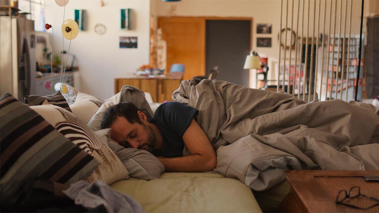 In foto Daniele Parisi Dall'articolo: L'ospite, guarda l'inizio del film di Duccio Chiarini.