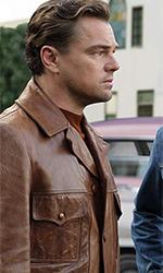 In foto Leonardo DiCaprio (45 anni) Dall'articolo: Esordio boom in Francia per C'era una volta… a Hollywood.