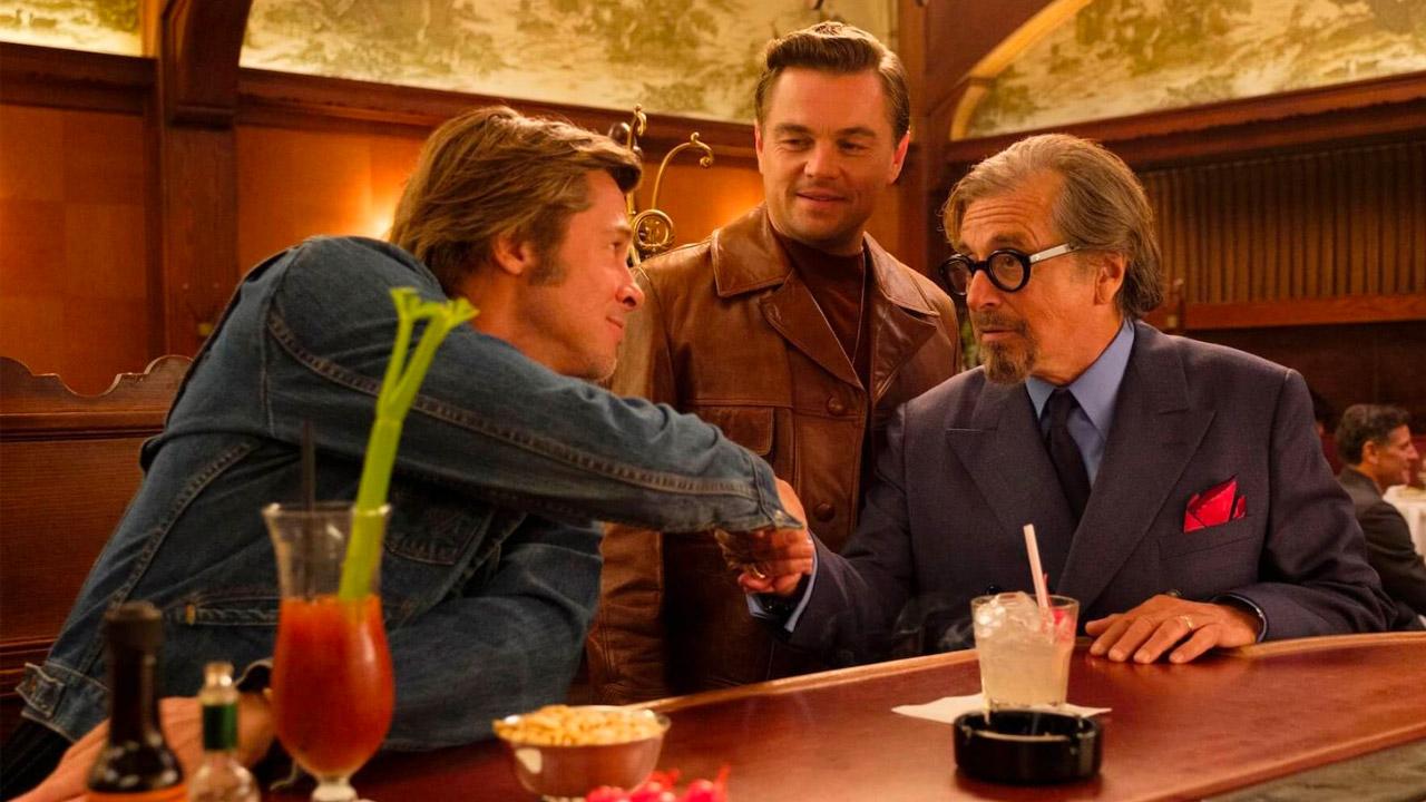 In foto Leonardo DiCaprio (45 anni) Dall'articolo: Un weekend spettacolare per Tarantino al box office italiano.