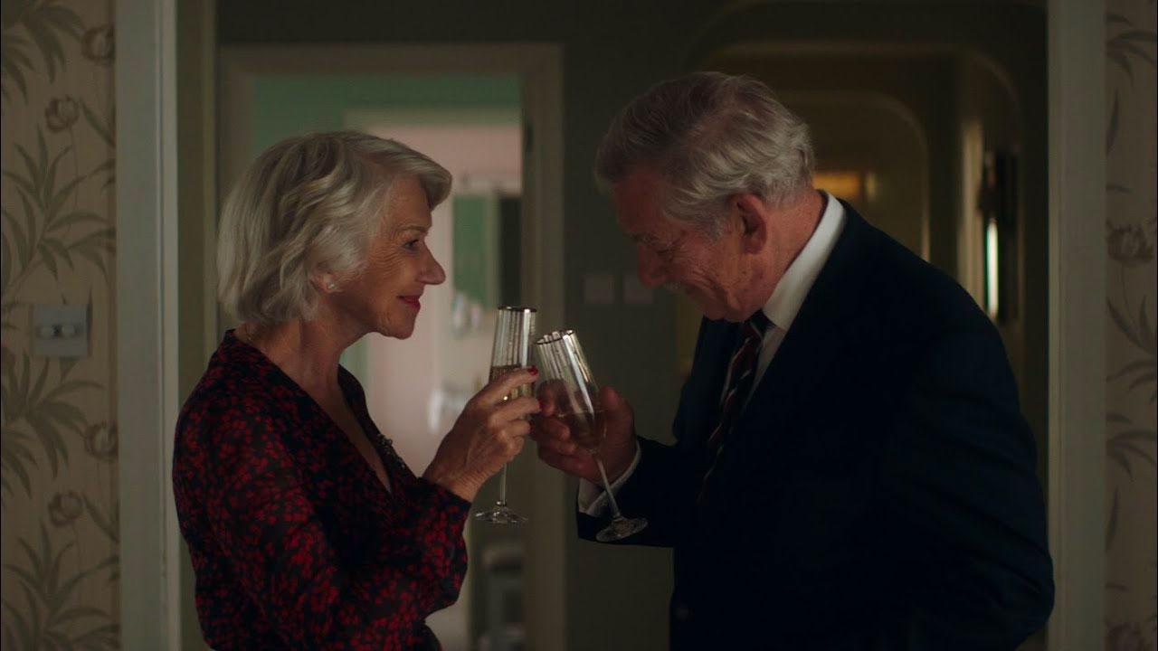 In foto Helen Mirren (75 anni) Dall'articolo: L'inganno perfetto, il nuovo trailer italiano del film [HD].