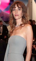 In foto Doria Tillier (34 anni) Dall'articolo: Doria Tillier, la Julia Roberts di Francia: «Anni 70? Ci tornerei subito».