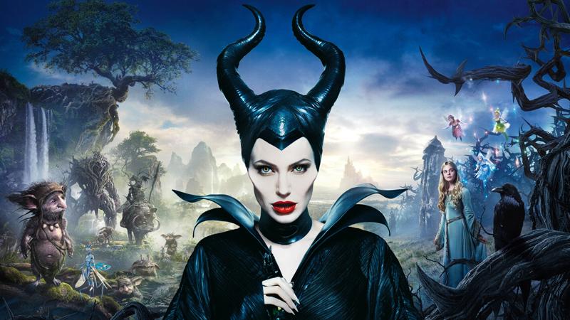 Maleficent, il trionfo di Angelina Jolie strega terribile e materna