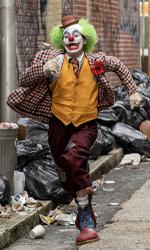 In foto Joaquin Phoenix (46 anni) Dall'articolo: Nessuno ferma Joker. Il film già visto da oltre 2,5 milioni di spettatori.