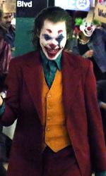 In foto Joaquin Phoenix (46 anni) Dall'articolo: Joker è il Re dei feriali: scavalca Maleficent 2 e riconquista la leadership del box office.