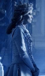 In foto Michelle Pfeiffer (62 anni) Dall'articolo: È ancora staffetta tra Maleficent 2 e Joker. Il film Disney torna in vetta al box office.