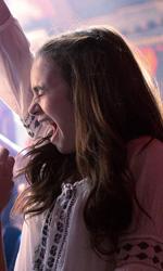 In foto Lily Collins (32 anni) Dall'articolo: #ScrivimiAncora, una commedia romantica dall'atmosfera leggera e colorata.