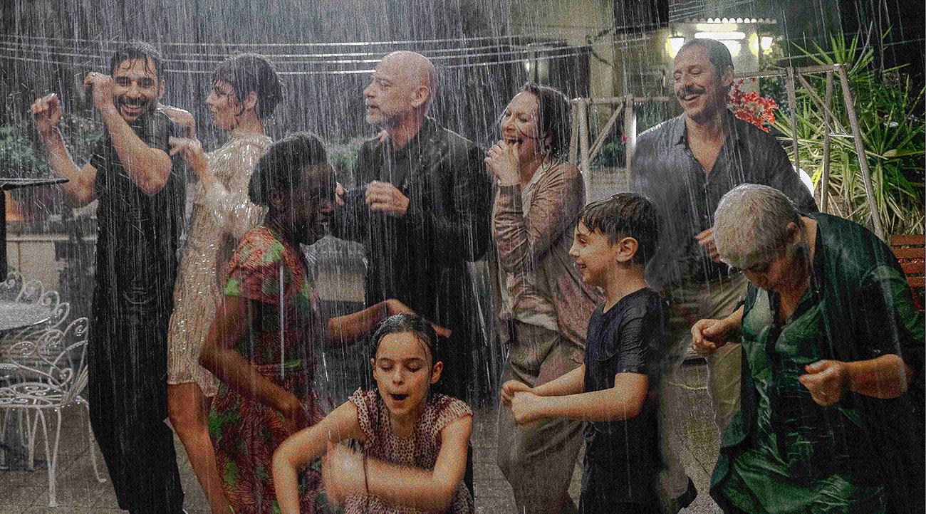 In foto Edoardo Leo (48 anni) Dall'articolo: La Dea Fortuna, il trailer ufficiale del film [HD].