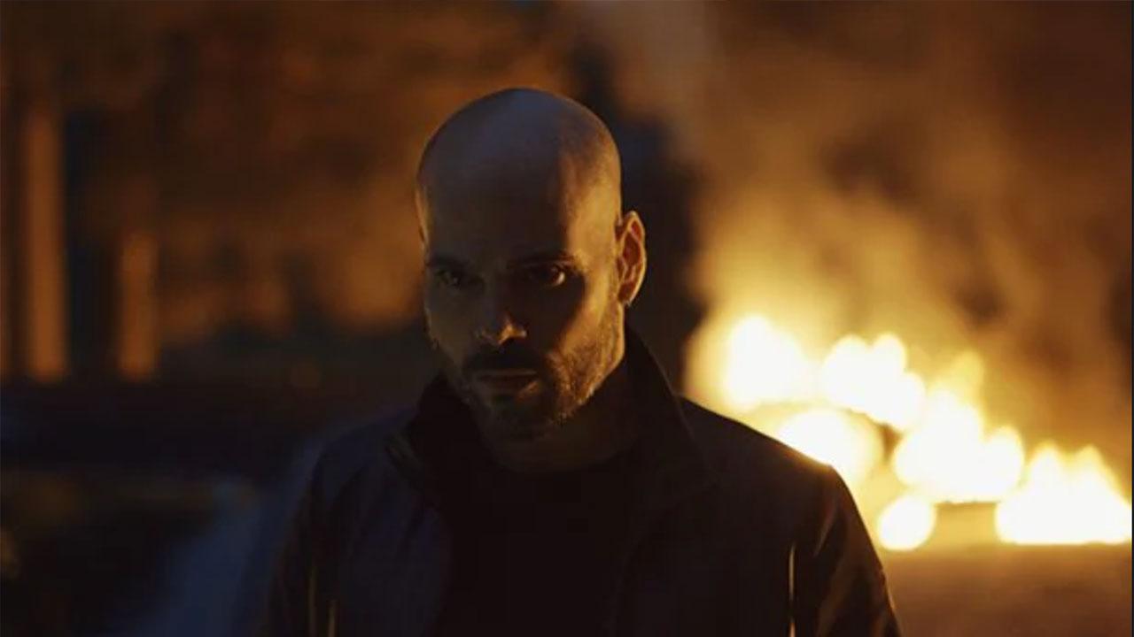 In foto Marco D'Amore (39 anni) Dall'articolo: L'Immortale, il trailer ufficiale del film [HD].