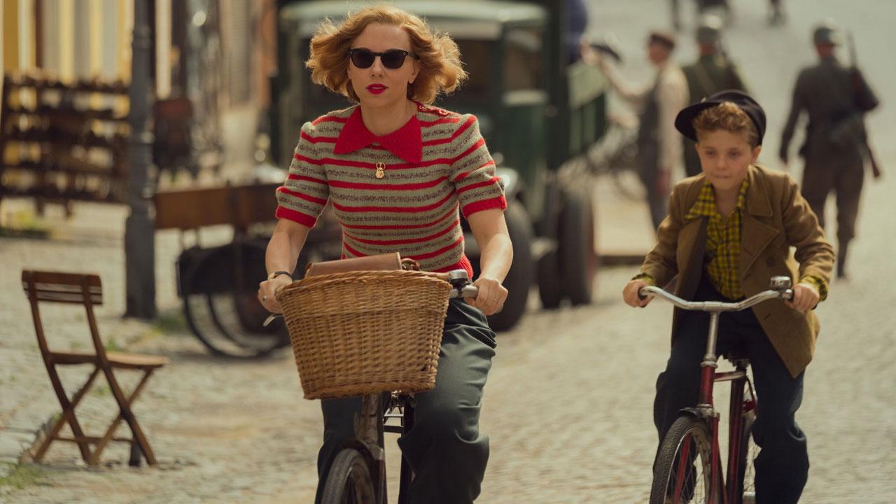 In foto Scarlett Johansson (36 anni) Dall'articolo: 37° Torino Film Festival, tra conferme di qualità e salti nel buio (dell'orrore).