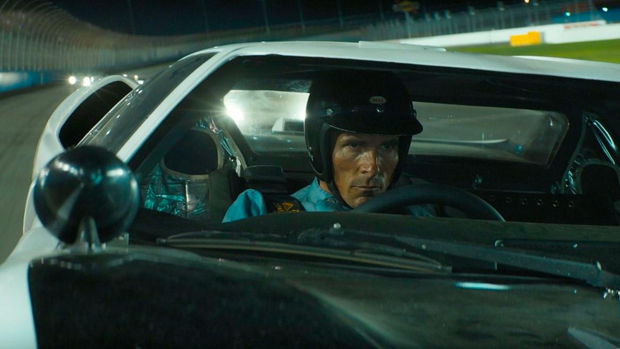 In foto Christian Bale (46 anni) Dall'articolo: Le Mans '66 si conferma leader del box office. Sul podio anche J.Lo e De Sica.